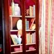 trompe-loilacrilico-e-pittura-lavabile-su-mobile-in-legno2017Libreria