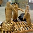 Tre-grazie-scultura-con-cartone-e-plastica-ricicilo-100x50x50-2019-copia