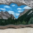Roccia-da-roccia-acrilico-su-pietra-locale